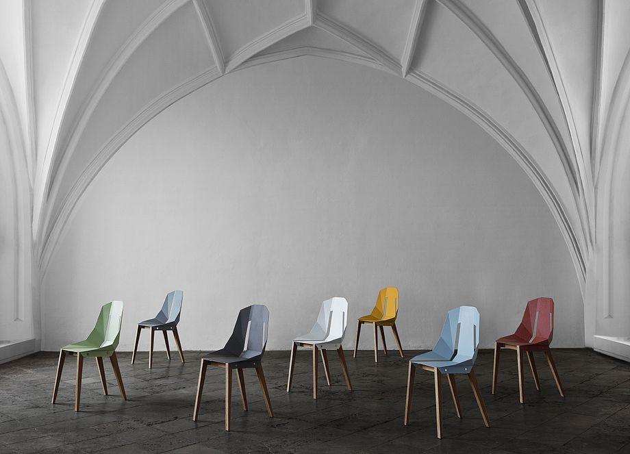 Krzesła Diado. Różne kolory