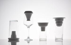 """""""Plantacja"""" w naczyniach szklanych, bez roślin"""
