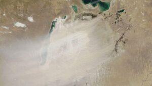 Wyschnięte Jezioro Aralskie. Zdjęcie satelitarne z 2020 r.